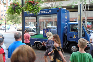 glass box truck for advertising